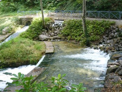 Scolaire ville d 39 eaux divonne les bains for Piscine de divonne