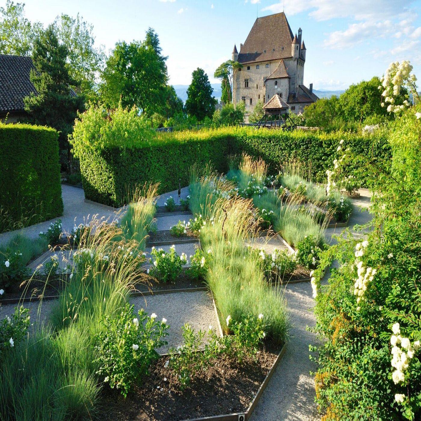 Yvoire, Cité Médiévale et Jardin des Cinq Sens®